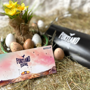 Osteraktion: Fortland Festival HardTicket (Full Weekend) + Merchandise Paket inkl. Geschenkbox + Konfetti-Shooter (Kopie)